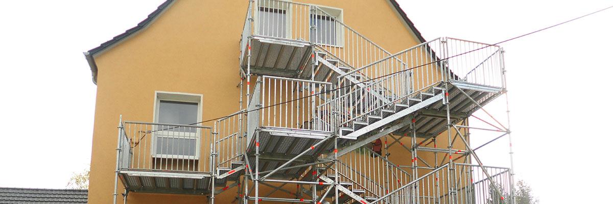 fluchttreppen nach vorschrift gemeinhardt treppenturm. Black Bedroom Furniture Sets. Home Design Ideas