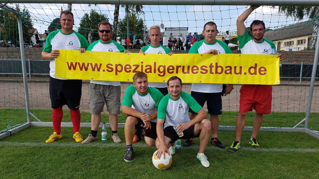 Die Fußball Mannschaft von Gemeinhardt Spezialgerüstbau