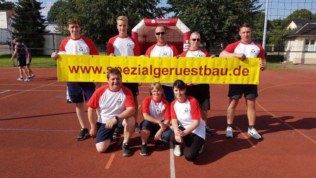 Die Volleyball Mannschaft von Gemeinhardt Spezialgerüstbau