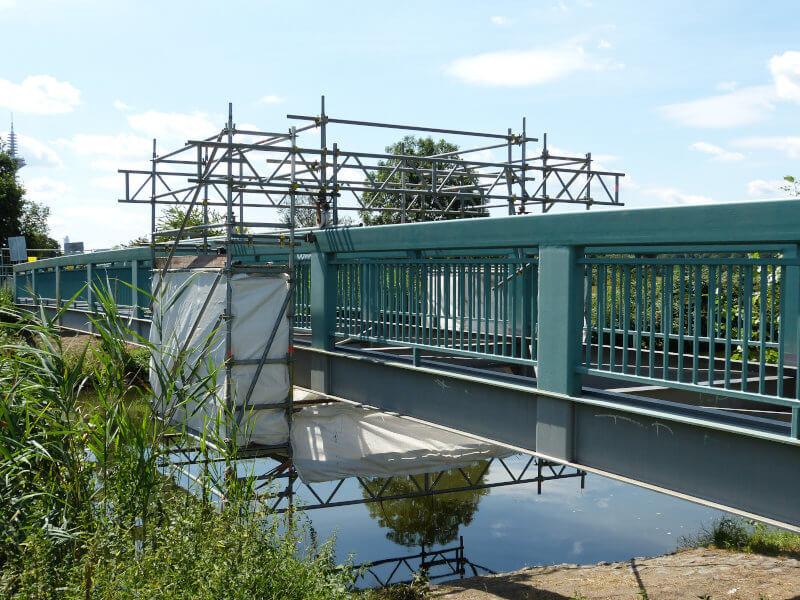 Hängegerüst Brücke